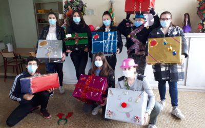 Une belle équipe de lutins de Noël heureux d'avoir pris part à cette aventure solidaire !